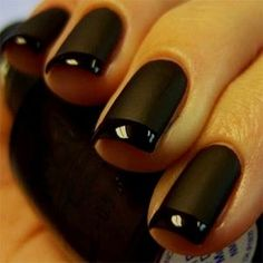 If you want to try something new, why not opt for matte black nails? This design looks really extraordinary. See our matte black manicure ideas. Black Manicure, Red Carpet Manicure, French Manicure Nails, Matte Black Nails, French Tip Nails, Dark Nails, Blue Nails, Manicures, Matte Red
