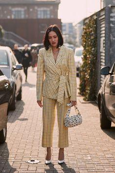 Milan fashion week street style, autumn street style, street style looks, s Street Style Trends, Milan Fashion Week Street Style, Milan Fashion Weeks, Autumn Street Style, Street Style Looks, Street Style Women, Moda Instagram, Look At You, Mode Style