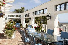 An outdoor room overlooking the Pacific in La Jolla, Calif. | Warren Sheets Design, Inc. | Interior Design