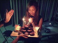 APink's Eunji celebrates her birthday - Latest K-pop News - K-pop News | Daily K Pop News