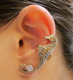Bronze Seahorse Ear Cuff