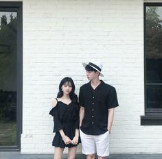 Official Korean Fashion : Korean Couple Look Matching Couple Outfits, Matching Couples, Cute Couples, Korean Boy, Korean Couple, Simple Outfits, Outfits For Teens, Fashion Essay, Lover Dress