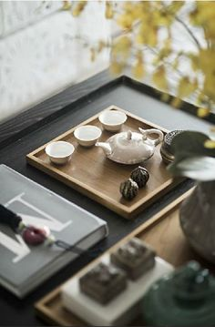 The Art and beauty of Chinese Tea Photo posted by Sifu Derek Frearson Asian Interior, Japanese Interior, Interior Styling, Design Set, Pretty Things, Tea Lounge, Mood Images, Tea Culture, Futons