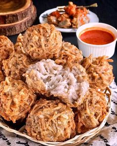 Breakfast Recipes, Snack Recipes, Cooking Recipes, Taro Recipes, Corn Fritter Recipes, Asian Snacks, Traditional Cakes, Chicken Wing Recipes, Indonesian Food