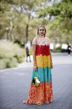 New York Fashion Week Spring 2020 Attendees Pictures - Livingly African Maxi Dresses, Latest African Fashion Dresses, African Print Fashion, African Attire, African Lace Styles, Lace Dress Styles, Classy Dress, Street Fashion, Fashion Pictures