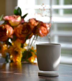 Levitando taza de café