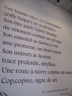 D coration si ge social entreprise design mural cage escalier couloir hall partie - Soubassement menuise ...