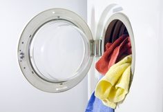 Mosd ki a törölközőket rendszeresen. Homemade Generator, Save Energy, Housekeeping, Washing Machine, Home Appliances, Cleaning, Min, Extra Cash, Household Tips