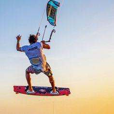 Kiteboarder jumping #kiteboarding #kitesurfing