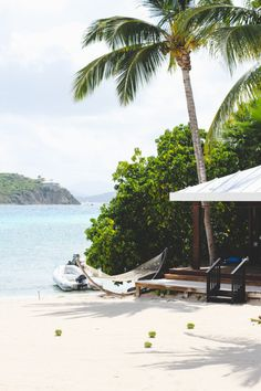 the ritz-carlton in st thomas // via paper and stitch