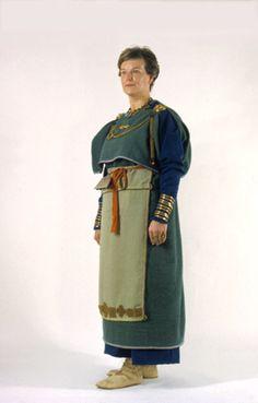 Rautakautisen puvun ennallistus Kuva: Museovirasto