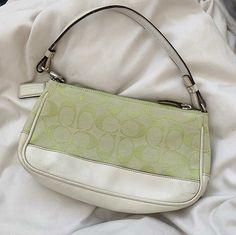 Cute Handbags, Purses And Handbags, Mini Purse, Mini Bag, Hype Bags, Gucci, Chanel, Prada Bag, Cute Purses