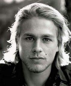 @kristin Janssen, thinks I should watch sons of anarchy