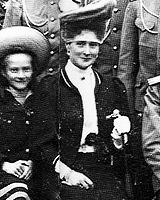 """"""" Alexandra Feodorovna and her beautiful, but very shy smile (ノ◕ヮ◕)ノ*:・゚✧ """" """"Her face was generally sad. It was her official expression, the photographic face of her youth. It seldom lighted up in..."""