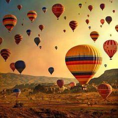 Capadocia, Turquía #turquía #capadocia #globosaerostáticos http://www.pandabuzz.com/es/imagen-ensueno-del-dia/globos-aerostáticos-capadocia-turquía