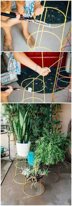 These DIY modern plant stands a quickie little project that will give your patio or interiors a splash of modern cool. I love that this is repurposing something that tends to be in abundance by the end of summer: tomato cages. Whether you have old rusty c Modern Plant Stand, Diy Plant Stand, Outdoor Plant Stands, Tall Plant Stand Indoor, Patio Plants, Cool Plants, Plants Indoor, Cheap Plants, Cheap Plant Pots