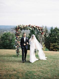 Get inspired by these 20 warm, festive backdrops that'll take an autumn wedding from seasonal to sensational.