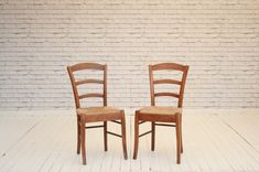 Ladder back kitchen chairs with wicker seats