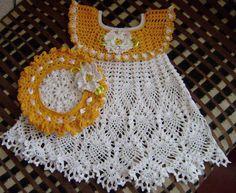Baby Crochet Patterns Part 33 - Beautiful Crochet Patterns and Knitting Patterns Crochet Dress Girl, Crochet Girls, Crochet Baby Clothes, Knitting Designs, Crochet Designs, Knitting Patterns, Crochet Patterns, Vestidos Bebe Crochet, Crochet Bebe
