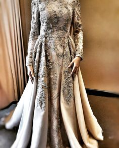 model is very beautiful in every color and pattern 😍 # sheevaofficial . Hijab Evening Dress, Hijab Dress, Evening Dresses, Beautiful Long Dresses, Elegant Dresses, Formal Dresses, Modest Fashion, Hijab Fashion, Fashion Dresses