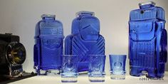 Helena Tynell – Arpa on Heitetty Yves Klein Blue, Bottle Art, Glass Bottles, Finland, Royal Blue, Glass Art, Candle Holders, Pottery, Ceramics