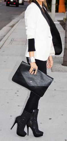 Head to toe black paired with a white blazer, so cute and edgy! <-- NEED this outfit!!!