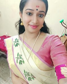 Attractive Girls, Malayalam Actress, Cute Beauty, Housewife, Actresses, Female Actresses, Stay At Home Mom