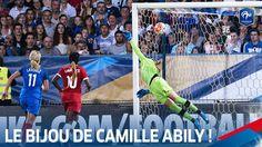Camille Abily nous a régalé hier soir avec son coup franc face au Canada (1-0) ! Un tir qu'elle avait bossé à l'entraînement cette semaine... #FRACAN