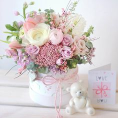Faux Flower Arrangements, Beautiful Flower Arrangements, Beautiful Flowers, Candy Flowers, Faux Flowers, Paper Flowers, Fresh Flowers, Flower Box Gift, Flower Boxes