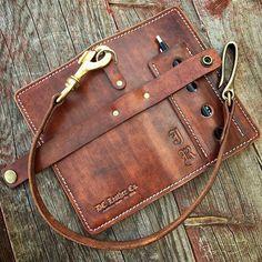 Leather Wallet Pattern, Handmade Leather Wallet, Leather Gifts, Leather Pouch, Leather Carving, Leather Art, Custom Leather, Leather Design, Wallets For Women Leather