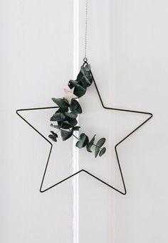 Dekoration Weihnachten - Nordic Christmas decorations with Rose & Grey Minimal Christmas, Christmas Mood, Rustic Christmas, Christmas 2019, Simple Christmas, White Christmas, Christmas Wreaths, Homemade Christmas, Xmas