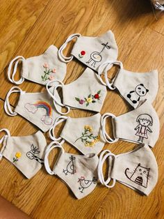Face Masks For Kids, Easy Face Masks, Diy Face Mask, Hand Embroidery Designs, Bead Embroidery Tutorial, Baby Embroidery, Embroidery Patterns Free, Diy Mask, Sewing Patterns Free