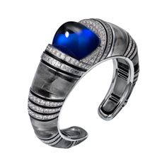 Official Cartier websites & online stores - The renowned French jeweler and fine watchmaker. Bridal, Luxury Accessories, Fragrances & Exceptional Gifts