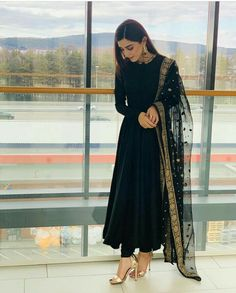 outfit in 2019 indian dresses, indian designer suits, indian designe Pakistani Dress Design, Pakistani Outfits, Eid Outfits, Black Pakistani Dress, Pakistani Gowns, Pakistani Clothing, Pakistani Couture, Fashion Outfits, Indian Attire