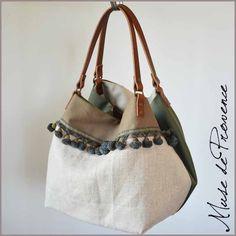Risultati immagini per tutorial cabas reversibles Handmade Handbags, Handmade Bags, Sacs Tote Bags, Diy Sac, Jute Bags, Couture Sewing, Linen Bag, Pandora, Unique Bags