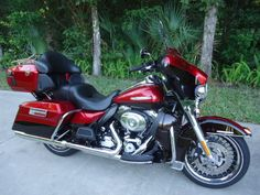 Harley-Davidson : Touring 2012 Harley Ultra Limited looks and runs great  !!!