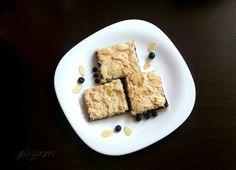 Prajitura cu dulceata de afine si migdale Feta, French Toast, Sweets, Bread, Cheese, Cooking, Breakfast, Cake, Recipes