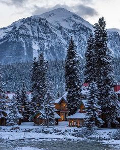 Cozy rustic cabins along the river in the Canadian Rockies! Photographer   @travisnrousseau #TourCanada @TourCanada