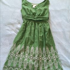 Green and White Spring Dress size Med Adorable green and white spring dress, perfect for Easter or a nice warm day. 100% cotton, by Max Studios, size Medium. This is definitely on the smaller size of medium, and would fit smaller busts (I am 38D and it's tight by the arms). Max Studio Dresses