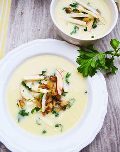 Ich bezeichne mich selbst als wahren Suppenfan! Jetzt im Herbst, wo es draußen langsam kälter wird, liebe ich es eine warme, köstliche Suppe zu schlürfen. Ein oder zwei Teller davon und ich bin re…