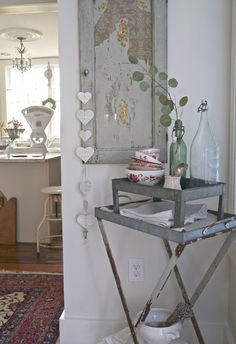 Chateau Chic: Around the Dining Room