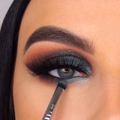 Teal Eye Makeup, Smoke Eye Makeup, Makeup Eye Looks, Eye Makeup Steps, Eye Makeup Art, Beautiful Eye Makeup, Makeup Eyes, Prom Makeup, Hooded Eye Makeup Tutorial