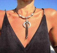 Gargantilla de cuerno, colgante, collar de cuerno, joyería Bohemia, collar del cuerno, Bohemia collar, joyas boho, boho collar, collar para mujer