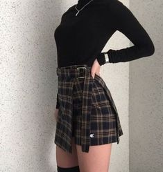All-black black out Korean aesthetic black clothing outfit soft girl aesthetics ulzzang fashion L e l i a L' a r t Edgy Outfits, Korean Outfits, Mode Outfits, Grunge Outfits, Cute Casual Outfits, Skirt Outfits, Winter Outfits, Fashion Outfits, Fashion Ideas