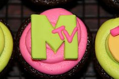 MTV themed cupcakes.