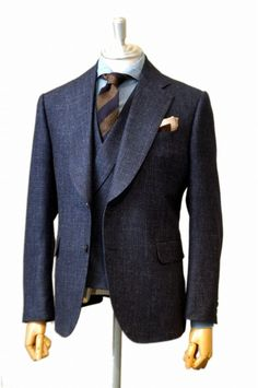 Best Mens Fashion, Mens Fashion Suits, Fashion Outfits, Dress Suits For Men, Men's Suits, Mode Costume, Naruto Comic, Neil Armstrong, Bespoke Suit