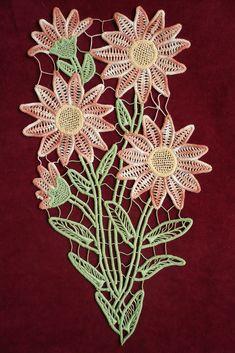 Risultati immagini per irish crochet romanian point lace Crochet Cord, Freeform Crochet, Crochet Motif, Irish Crochet, Crochet Designs, Crochet Flowers, Crochet Lace, Needle Lace, Bobbin Lace