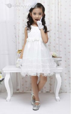 Cute Strapsless Bowknot Knee-length Flower Girl Dress