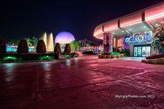 Night shot: EPCOT Future World: Mouse Gear shop