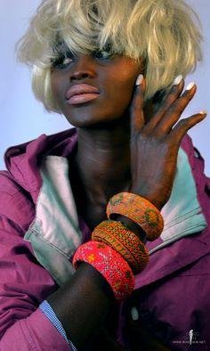 Hand gestikt kleur blok manchetten van BIRDSKINAU op Etsy